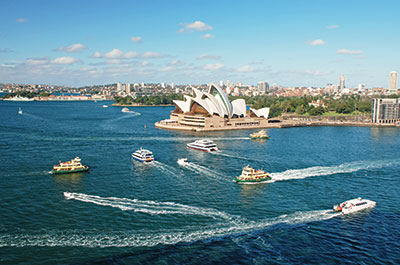 Half Day Sydney City Tour with Bondi Beach 8:00 AM Thumbnail