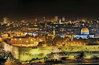 Illuminated Jerusalem with Festive Shabbat Dinner Thumbnail