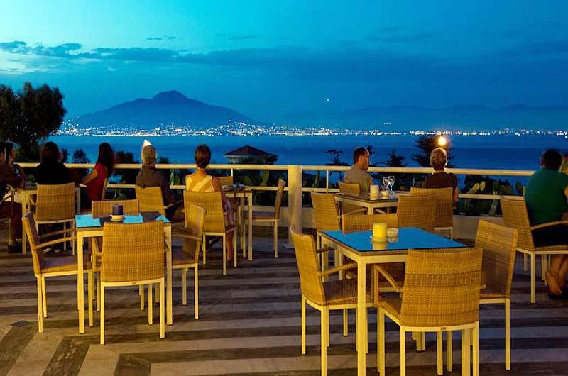 Grand Hotel Vesuvio Naples Bar
