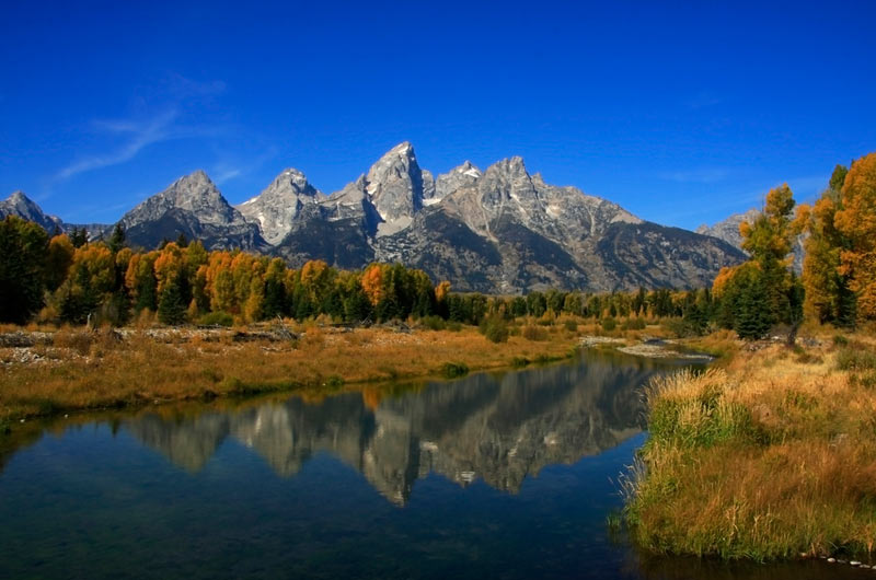 9 Day Classic National Parks, Mt. Rushmore, Yellowstone & Grand Teton