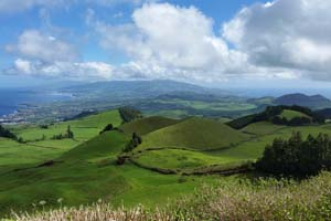 Full Day Sete Cidades Jeep Tour with lunch 9:00 AM Thumbnail