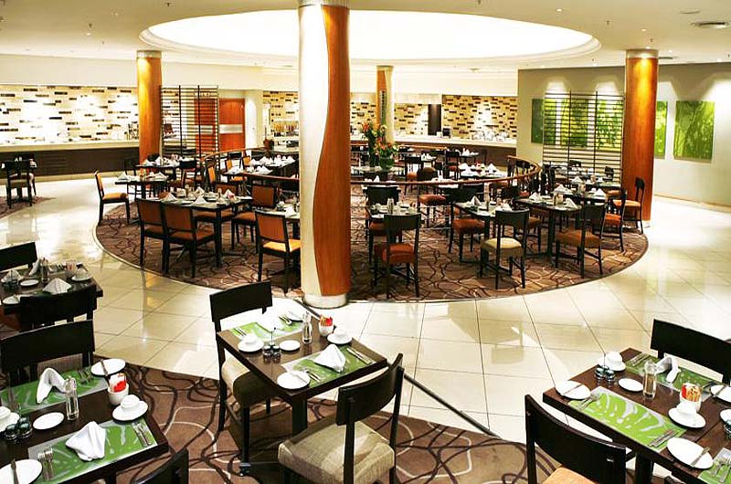 Southern sun waterfront cape town for Best private dining rooms cape town