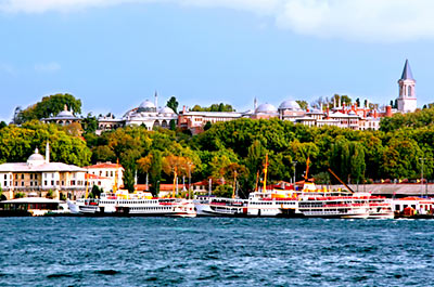 Full Day Istanbul with Topkapi Palace, Basilica Cistern, Spice Market & Bosphorus Cruise Thumbnail