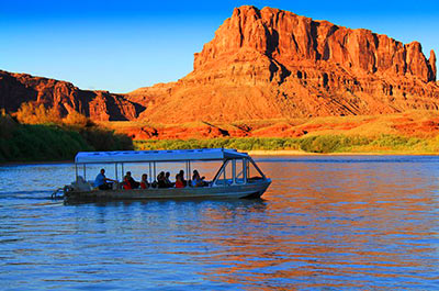 Evening Boat Tour on the Colorado River with dinner Thumbnail