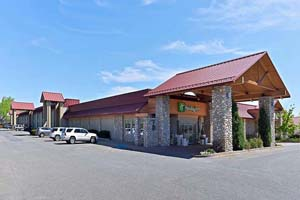 Holiday Inn - Buffalo Bill Village Resort Image