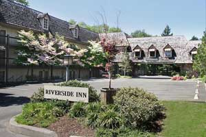 The Riverside Inn Image