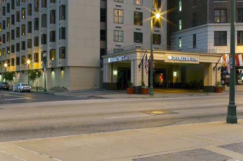 Doubletree by hilton memphis downtown gate 1 travel for Luxury hotels in memphis tn