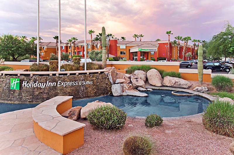 Holiday inn express suites old town scottsdale gate 1 for Small luxury hotels phoenix